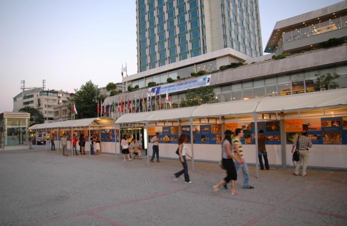Exhibition Underwater Life in Istanbul-002